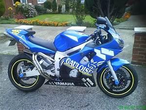 2002 Rossi Replica Yamaha Yzf