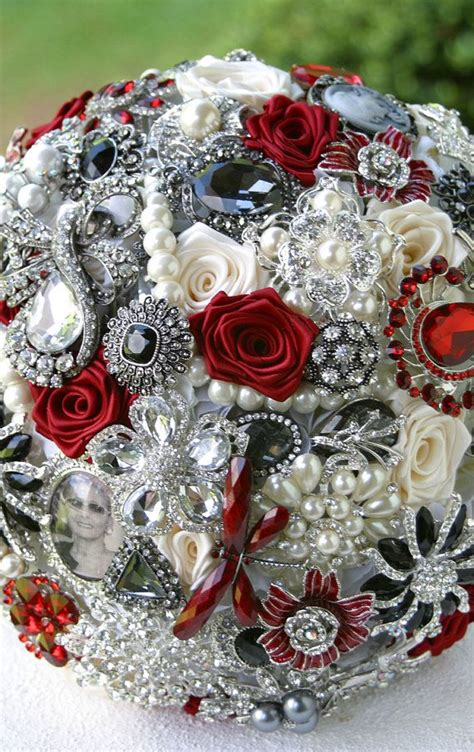 chic brooch wedding bouquets  diy tutorial deer