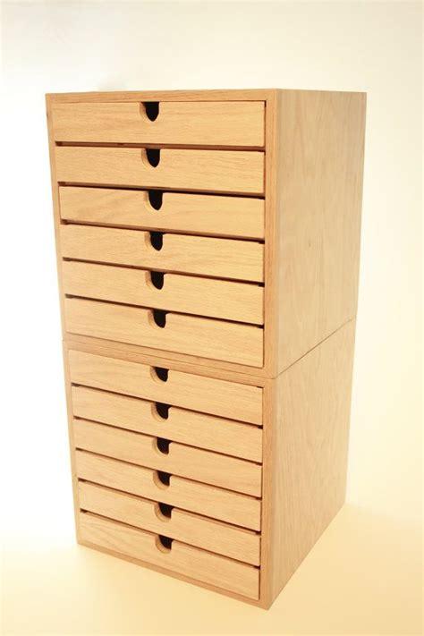 1000 ideas about set of drawers on giraffe nursery giraffe room and giraffe print
