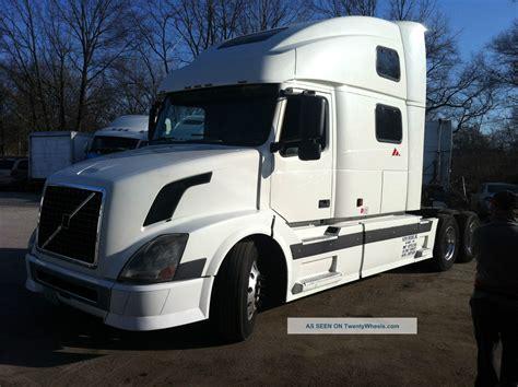 2004 volvo truck 2004 volvo vnl 780