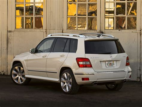 The rewards could also be larger, however the competition will likely be tougher. 2011 Mercedes-Benz GLK-Class - Price, Photos, Reviews & Features