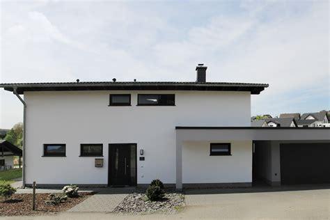Häuser Mit Pultdach Und Garage by Quasthaus Gmbh Pultdach Spezial
