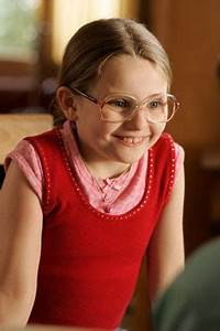 "Style Icon: Olive from ""Little Miss Sunshine"" 