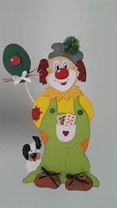 Bastel Spiegel Kaufen : fensterbild clown mit hund fasching karneval dekoration ~ Lizthompson.info Haus und Dekorationen