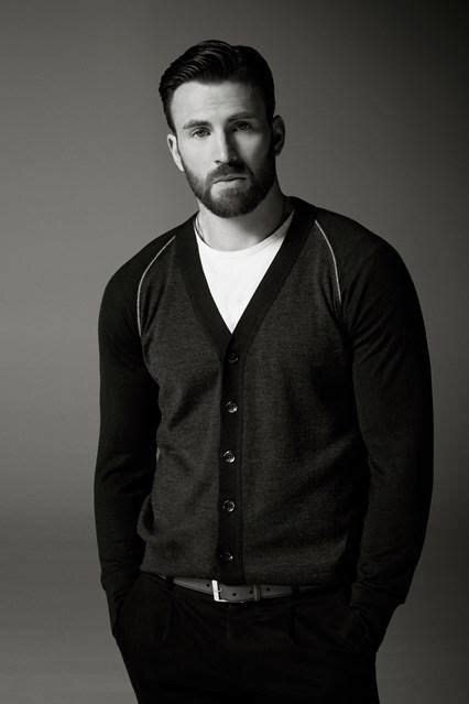 Pin by Sarai Brown on Things I Geek out over | Chris evans ...