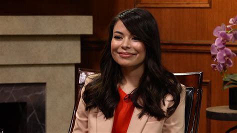 miranda cosgrove on icarly cast today possible reunion