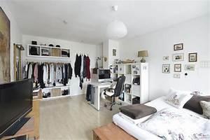Wg Zimmer Einrichten : gro es ger umiges wg zimmer mit stilvoller und ~ Watch28wear.com Haus und Dekorationen