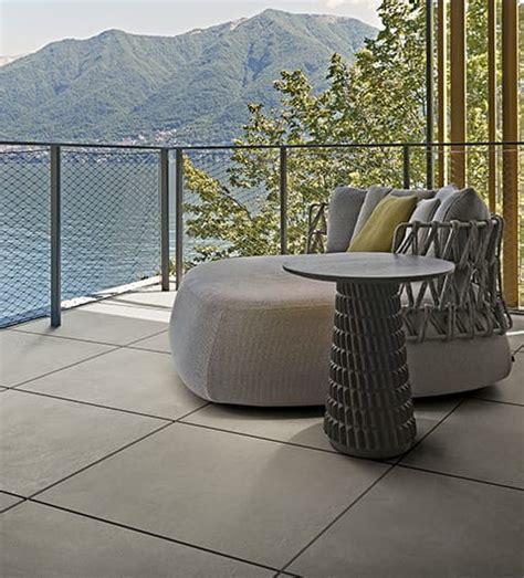 pavimentazione terrazzi esterni pavimenti per esterni e terrazzi in gres porcellanato