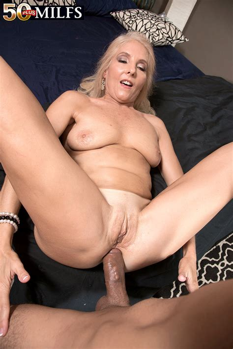 This Absolutely Sexy Milf Adores To Have Deep And Hardcore Anal Sex With Her Young Boyfriend
