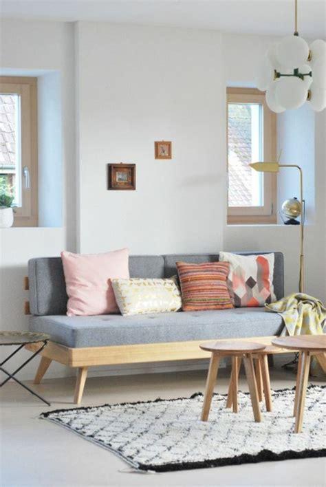 petit canapé blanc 83 photos comment aménager un petit salon archzine fr