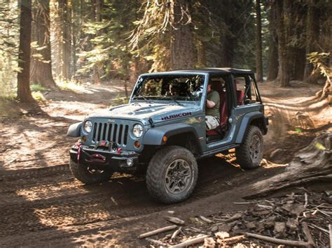 2013 Jeep Wrangler Rubicon 10th 4x4 Offroad Hd Background
