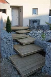 que mettre sur les marches beton de l39escalier exterieur With idee deco exterieur maison 5 idees amenagement jardin exterieur devis renovation maison