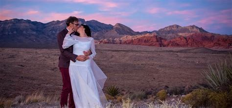 The Red Rock Wedding With Incredible Red Rock Vistas