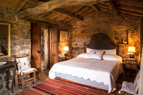 jaw dropping rustic bedroom designs   blow