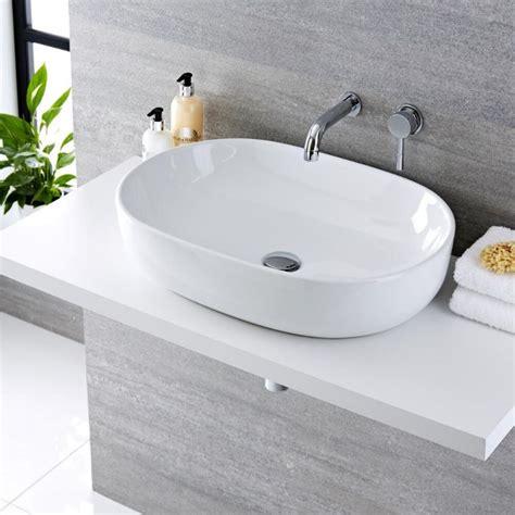 rubinetto per lavabo da appoggio lavabo bagno da appoggio ovale 590x410mm in ceramica con
