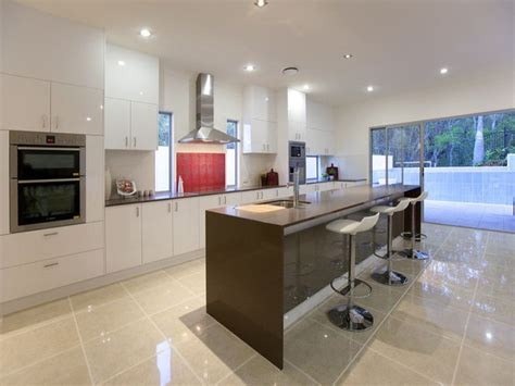 Single-wall Kitchen With A Long, Narrow Island For Extra