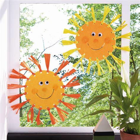 Herbst Fenster Basteln by Fensterdeko Herbst Basteln Kinder Fensterbild Tonkarton