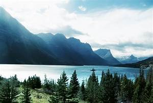 Saint Mary Lake - Lake in Montana - Thousand Wonders