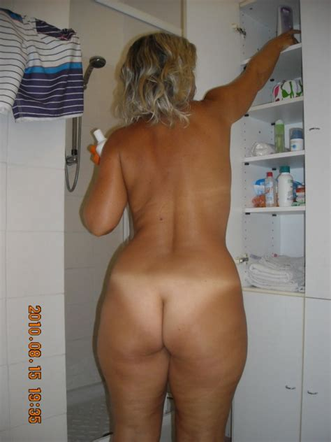 Candid Wife Ass