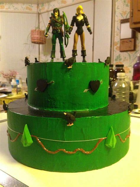 green arrow cake ideas green arrow themed cakes