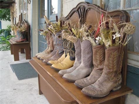 Cowboy Boot Decor  Future House And Bedroom Ideas  Pinterest. Gas Fireplace Decorative Stones. Decorative Roof Trim. Nyc Rooms. Decorative Traverse Rod. Tennis Party Decorations. Naughty Decorations. Red Dining Room Sets. Rustic Christmas Decorations