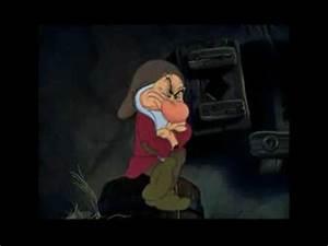 Blanche Neige Disney Youtube : video blanche neige et les 3 nains eric et les berniques parodie disney youtube ~ Medecine-chirurgie-esthetiques.com Avis de Voitures