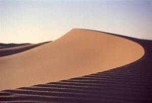 parabolic dune, a photo from Er Rachidia, South | TrekEarth