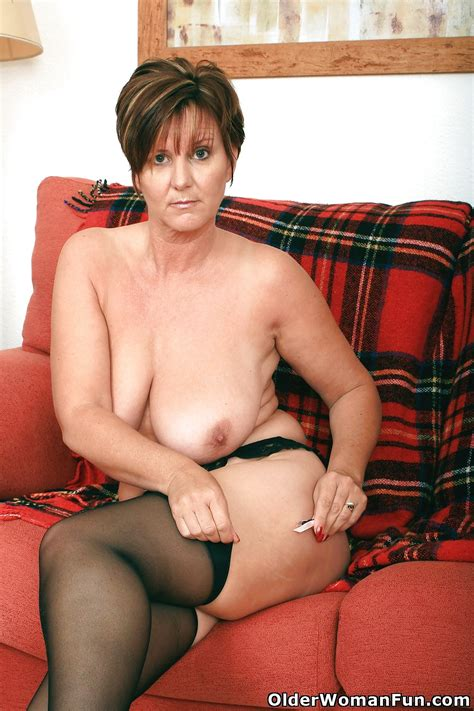 Hot Mature Photos British Granny Joy From Olderwomanfun