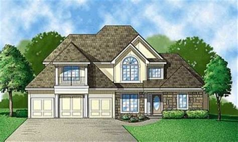 Traditional Style House Plan 4 Beds 4 Baths 3200 Sq/Ft
