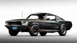 Ford Mustang Bullitt 1968 : original 1968 bullitt mustang found poses alongside 2019 version in detroit ~ Melissatoandfro.com Idées de Décoration