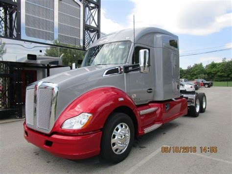 used truck kenworth t680 2017 kenworth t680 for sale 286 used trucks from 114 437