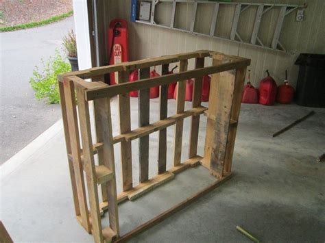 How To Make A Bar by Hometalk Bar Built From Pallets And Bamboo