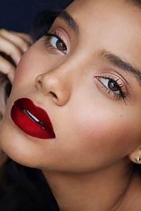 maquillaje ideal para el color de labios rojo