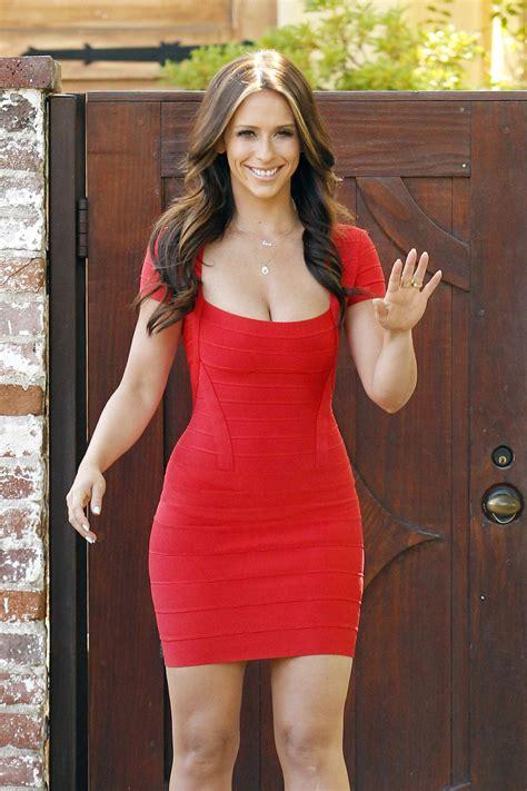 foto de LifestyleBay: Jennifer Love Hewitt hot photos in red dress