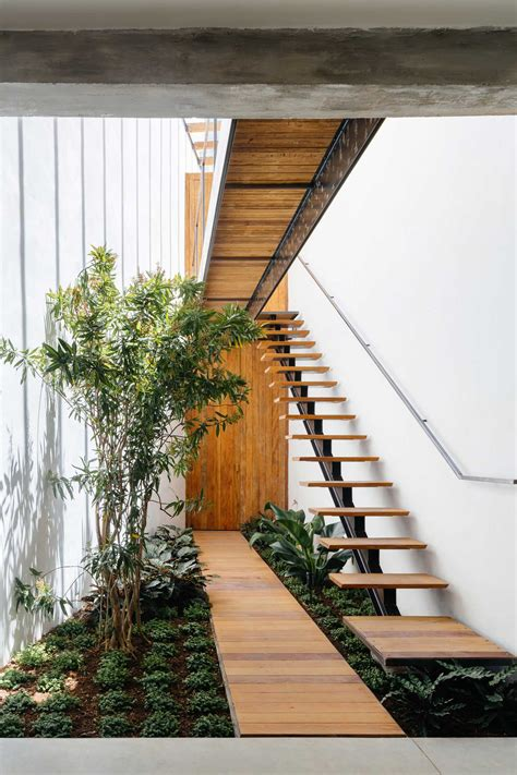 Retail Store With An Indoor Garden In São Paulo By Vao