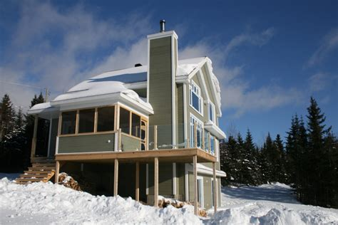 les saisons du massif ski le massif chalet 224 louer charlevoix
