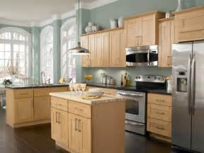 Kitchen Paint Colors With Pickled Oak Cabinets by Love This Wall Color With The Maple Cabinets And Dark Wood