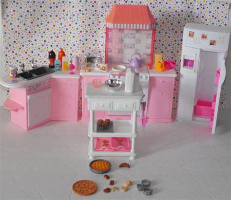 Vintage Barbie Dollhouse Kitchen Appliance Accessories Lot