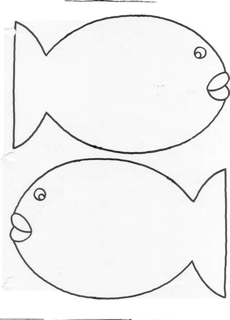 public library program ideas fish