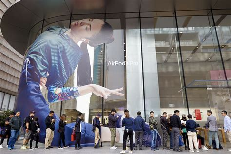 apple shares airpods pro launch stores