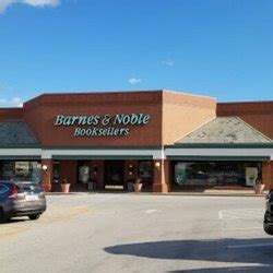 barnes and noble bloomington il barnes noble booksellers book shops 1701 e empire st