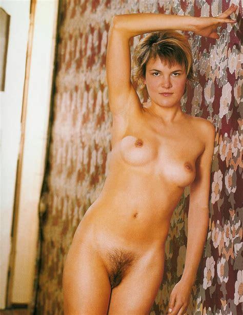 birgin madchen nackt