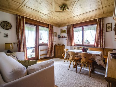 Ufficio Skipass Cortina by Appartamento Ski Hike Apartment Cortina D Ezzo Dolomiti