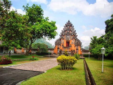 istana tampak siring destinasi wisata sejarah eksotis