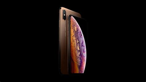 apple iphone xs max review    bigger