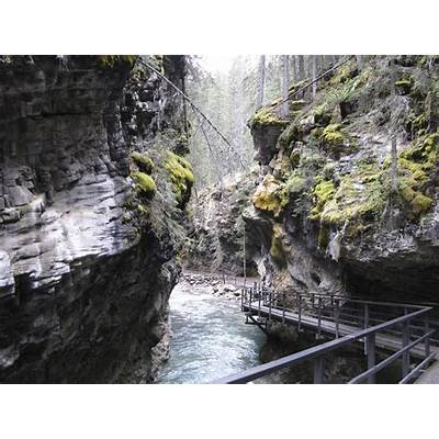 Panoramio - Photo of Johnston Canyon Banff NP