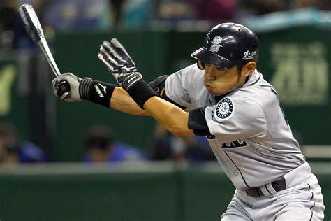 Ichiro Suzuki Trade by New York Yankees Make Trade For Ichiro Suzuki Cbs News