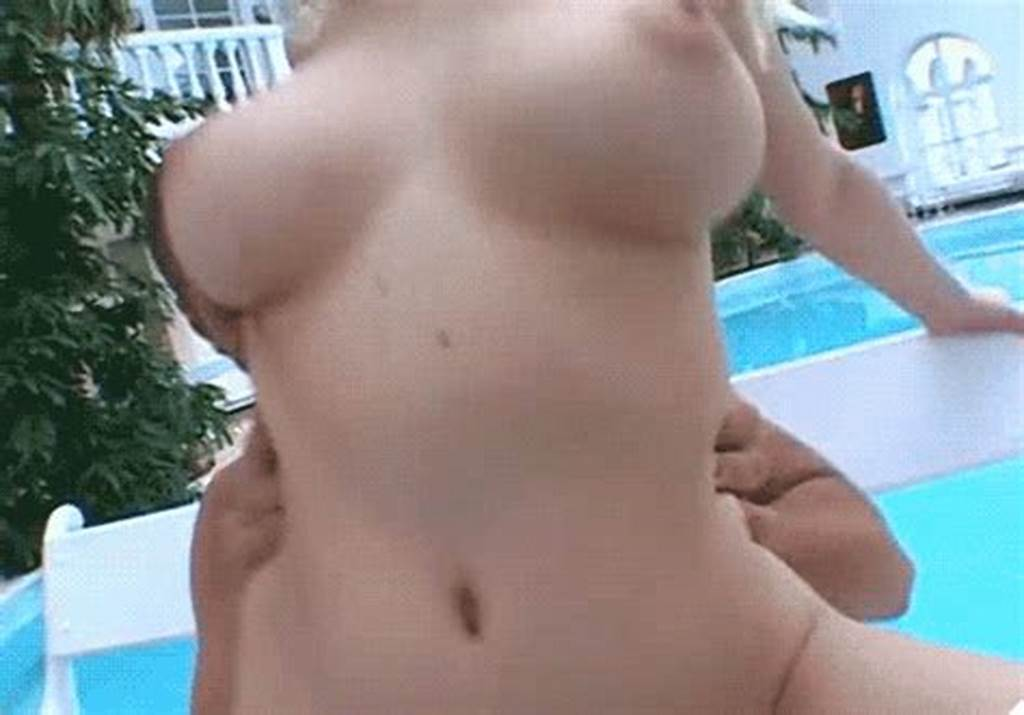 #Animated #Blonde #Breasts #Close