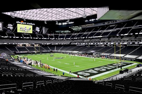 Photos from Las Vegas Raiders play their first game at ...