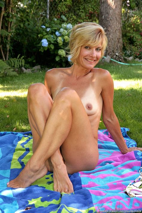 mature ladies outdoor tubezzz porn photos
